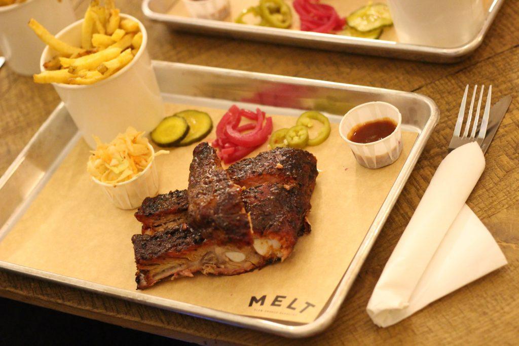 Au Petit Suisse Restaurant Paris