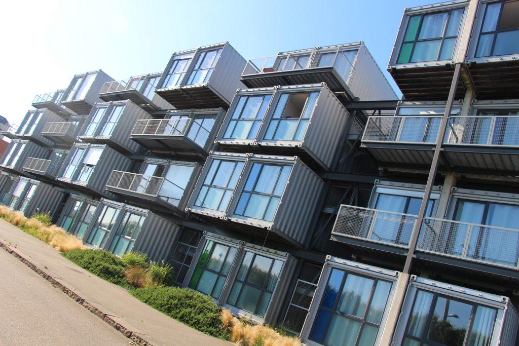 la havre ville graphique -saison graphique - graphisme - 500 ans du havre - logements étudiants design containers