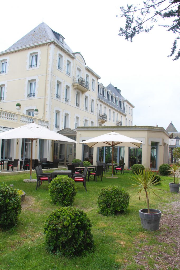 que faire à saint malo grand hotel courtoisville restaurant