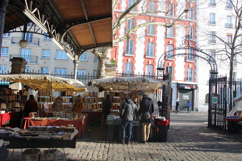 paris 15eme marché du livre Georges Brassens hiver neige
