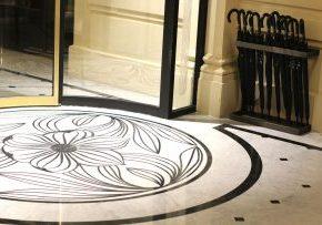 hôtel narcisse blanc paris 5 étoiles luxe et élégance boutique hôtel piscine spa